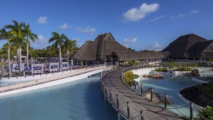 Royalton Luxury Resorts - Blue Diamond Resorts